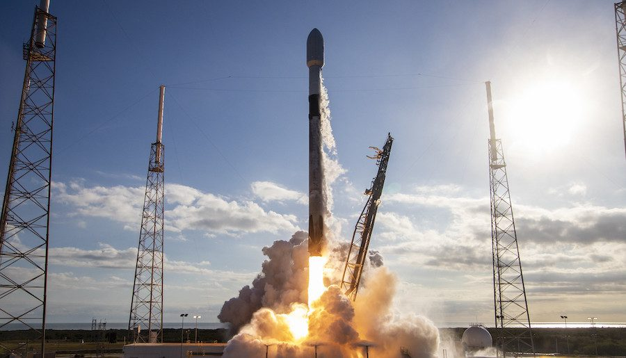 Florida launch range remains open; Falcon 9 mission postponed